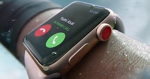 Отличительная черта Watch Series 3 LTE - красное колесико прокрутки