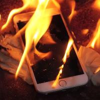 Греется iPhone